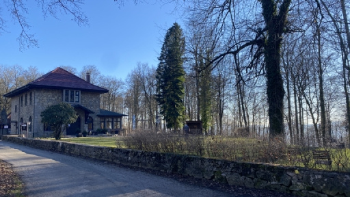 Eine Gaststätte mitten im Wald