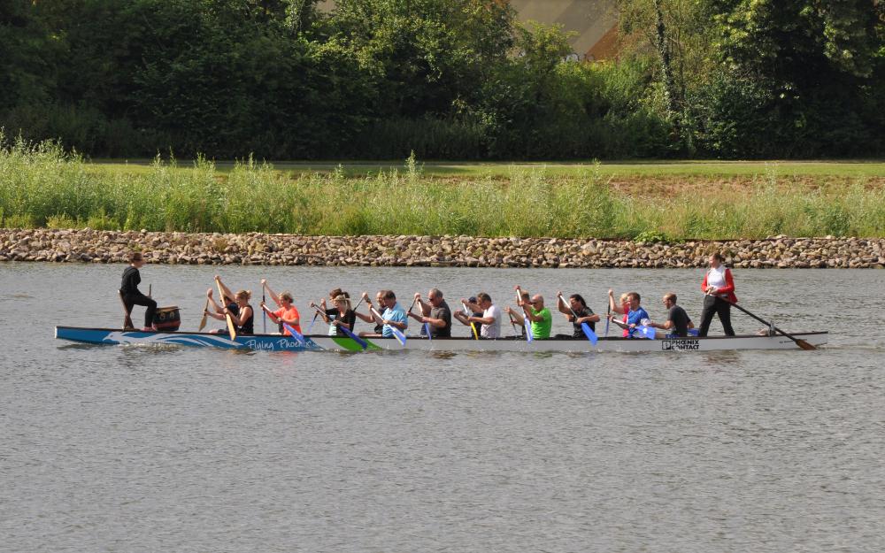 15.7.2016: Training für das Drachenbootrennen auf dem Schiedersee