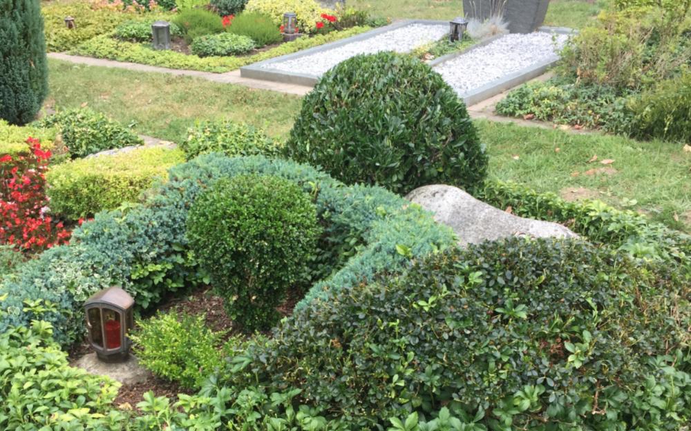 Gräber auf einem Friedhof