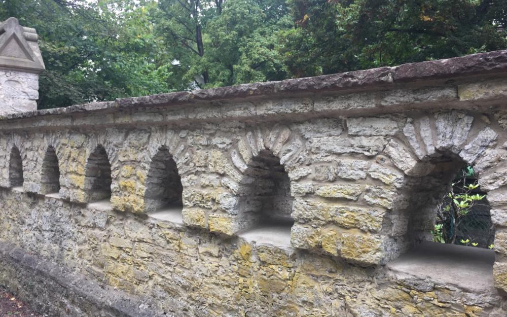 Eine Mauer