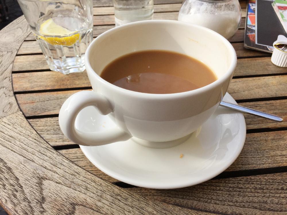 Eine große Tasse Kaffee