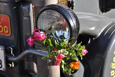Der Scheinwerfer eines Traktors (Lanz Bulldog).