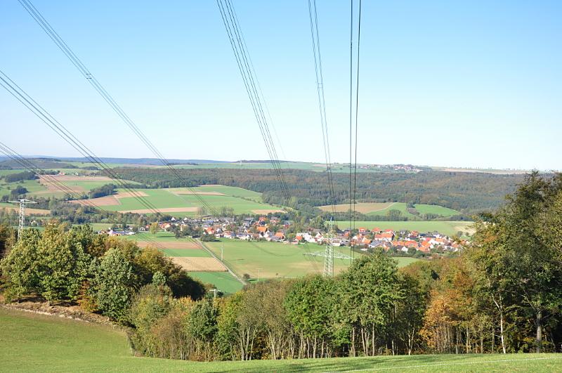 Stromleitungen über Sabbenhausen