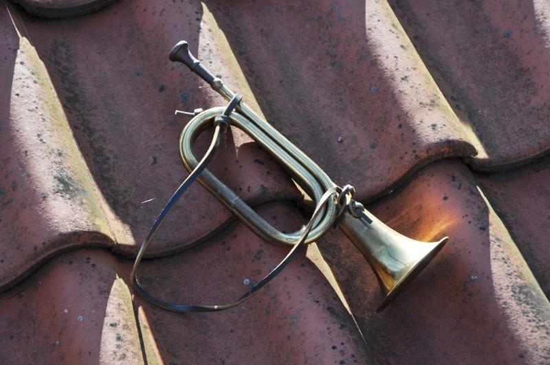 Eine Trompete auf dem Dach