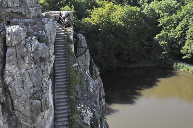 Treppenstufen im Fels