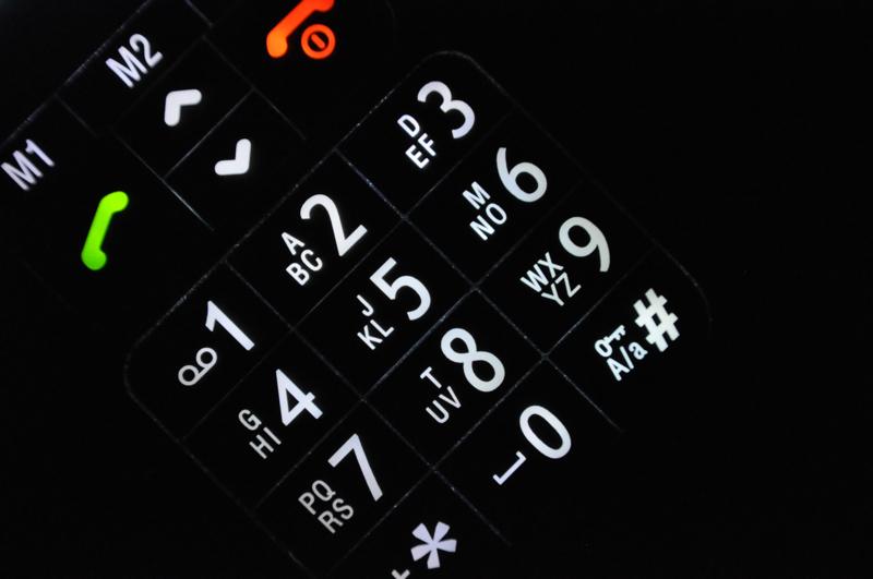 Beleuchtete Tastatur eines Mobiltelefons